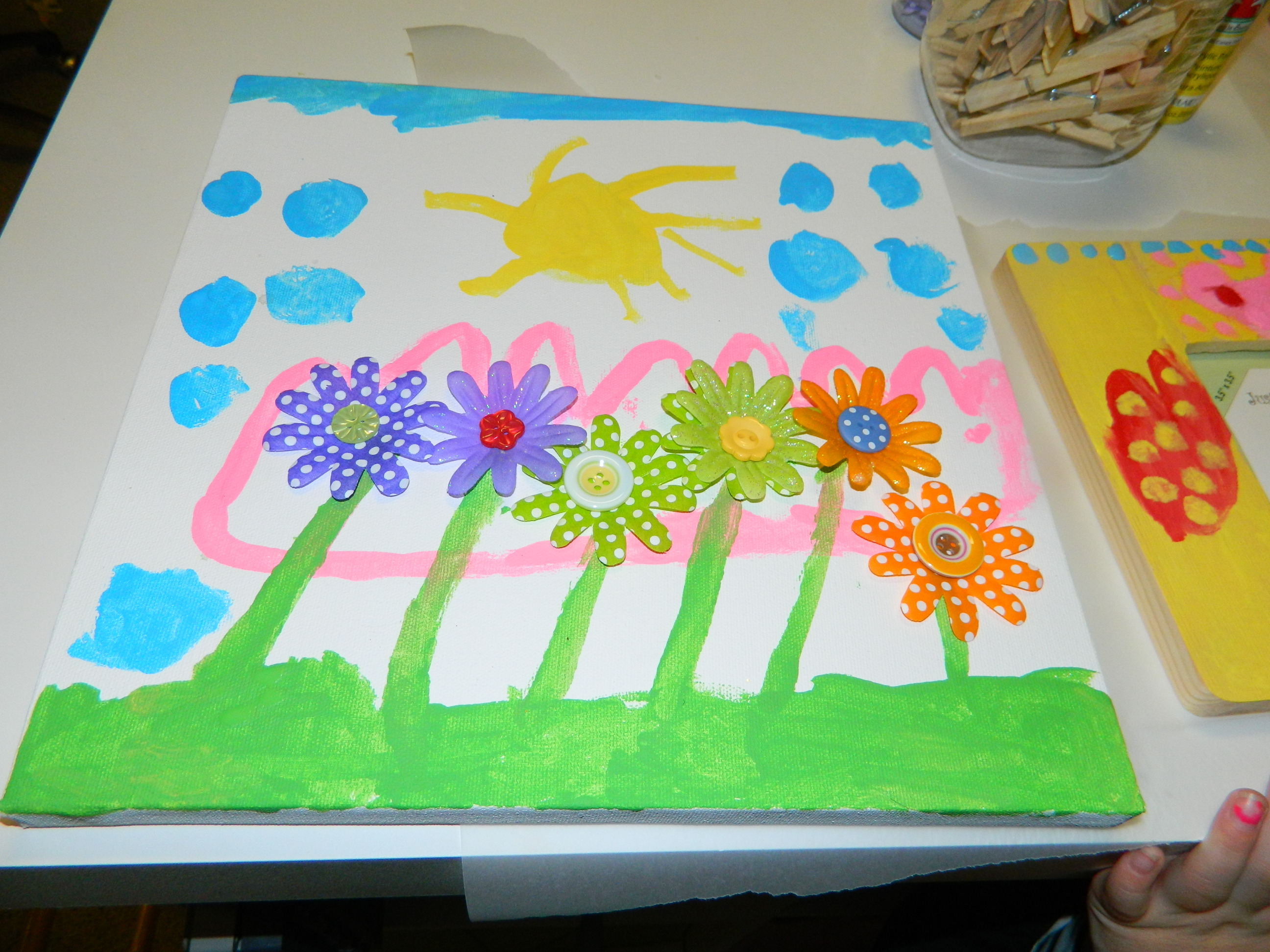 Creative how to make painted art canvas paper flower for Canvas art ideas for kids